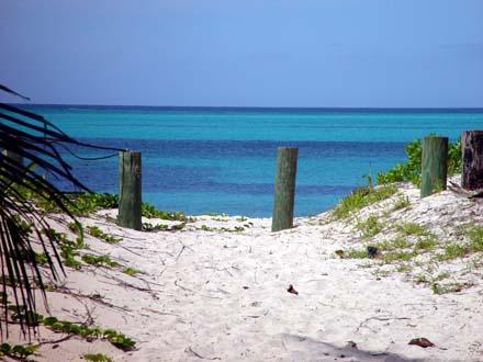 Bahamy, Abacos, Ostrov Man O War Cay