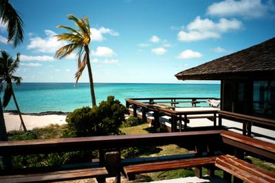 Bahamy, Chop Cay, plážový dům