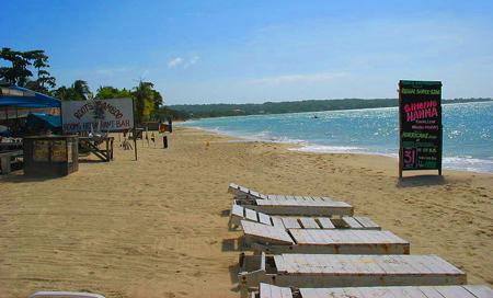 Jamajka, pláž Negril